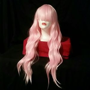 Light pink wavy synthetic wig 💟💞 capless